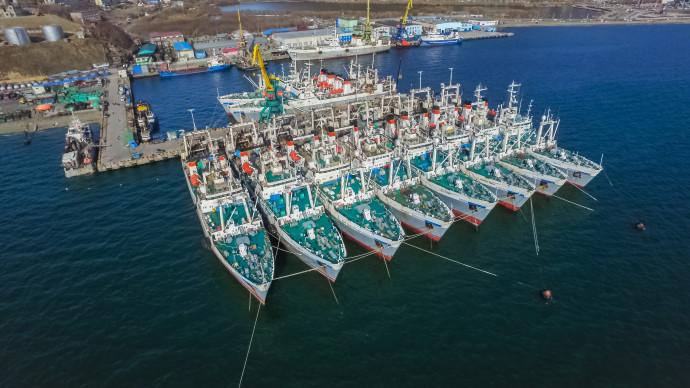 Океанрыбфлот: навстречу Дню Рыбака